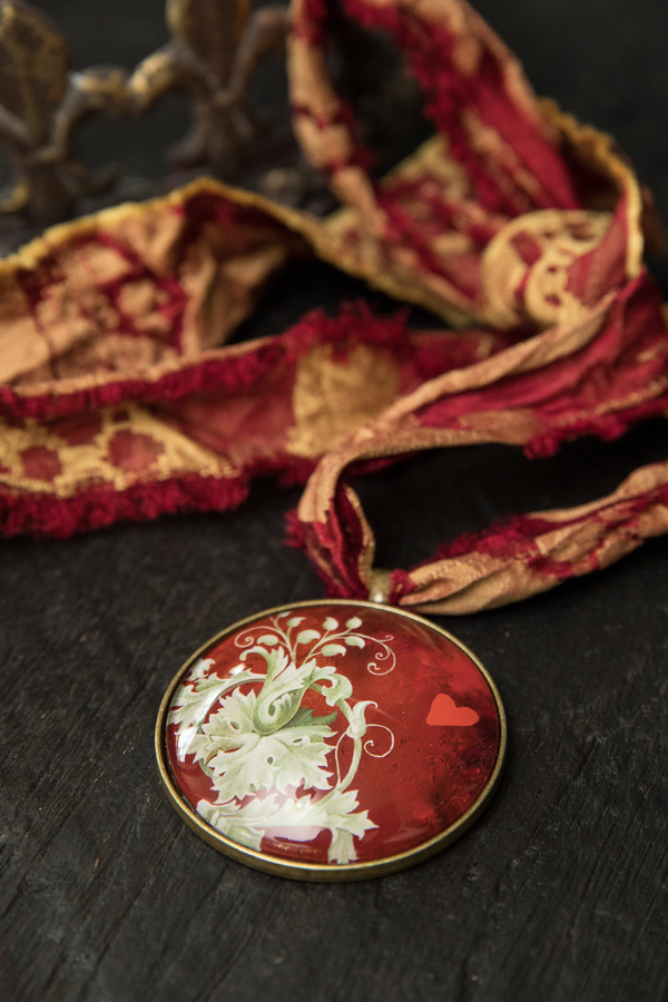 make-art-life-blog-details-silk-pendant